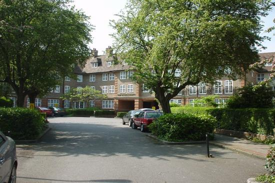 Heathview Court  NW11